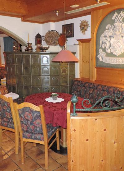 Frühstücksraum im Hotel Garni Santa Barbara in Flachau