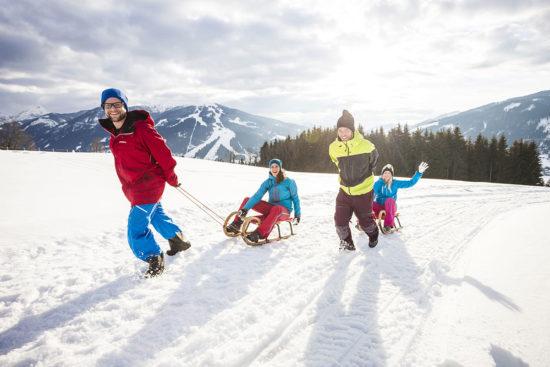 Rodeln im Winterurlaub in Flachau