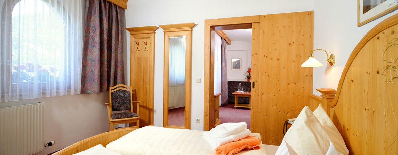 Familienzimmer - Hotel Garni Santa Barbara, Flachau